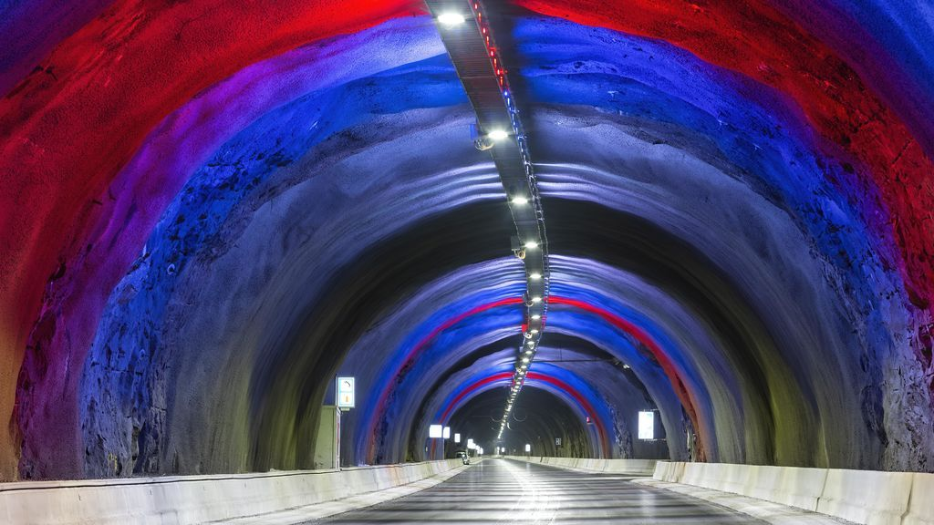 túnel rotonda subterránea