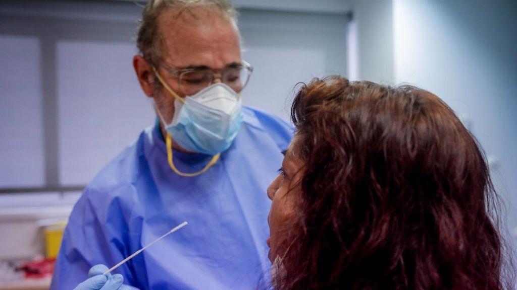 La Comunidad Valenciana vuelve a superar los 6.000 casos en 24 horas y desborda los hospitales