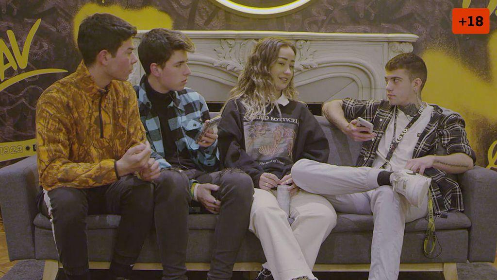 Marina Rivers enfrenta a sus amigos con su novio y teme por su relación (2/2)