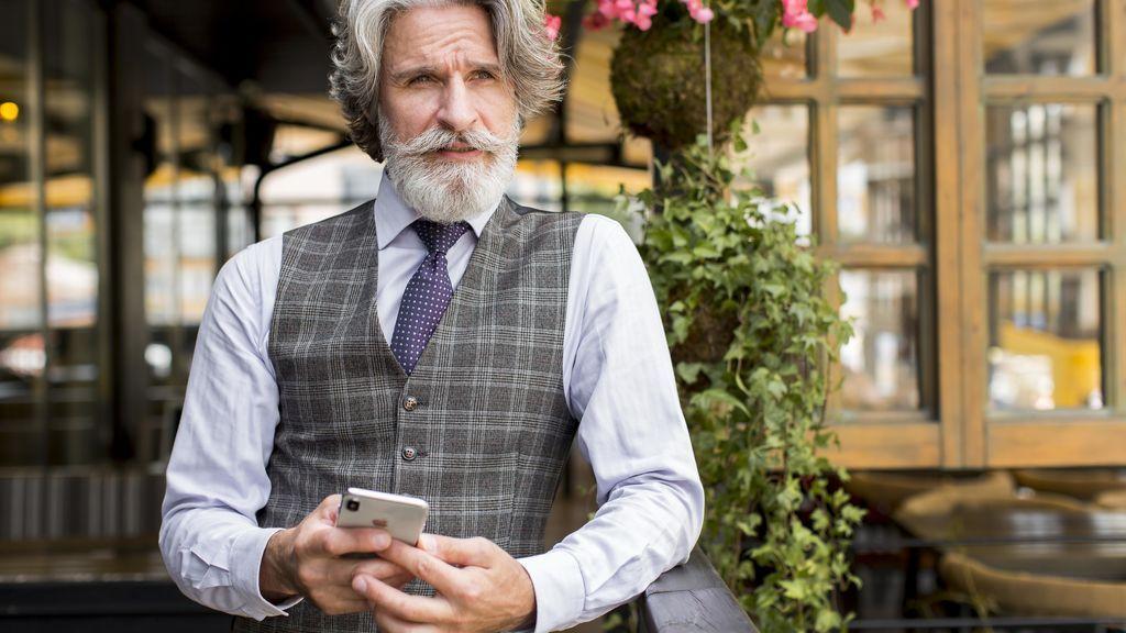 bearded-senior-male-looking-away