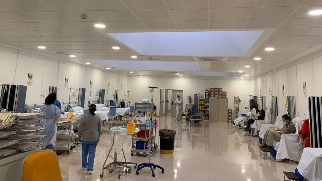 Un hospital de Málaga habilita su cafetería para poder admitir a los pacientes con covid 1