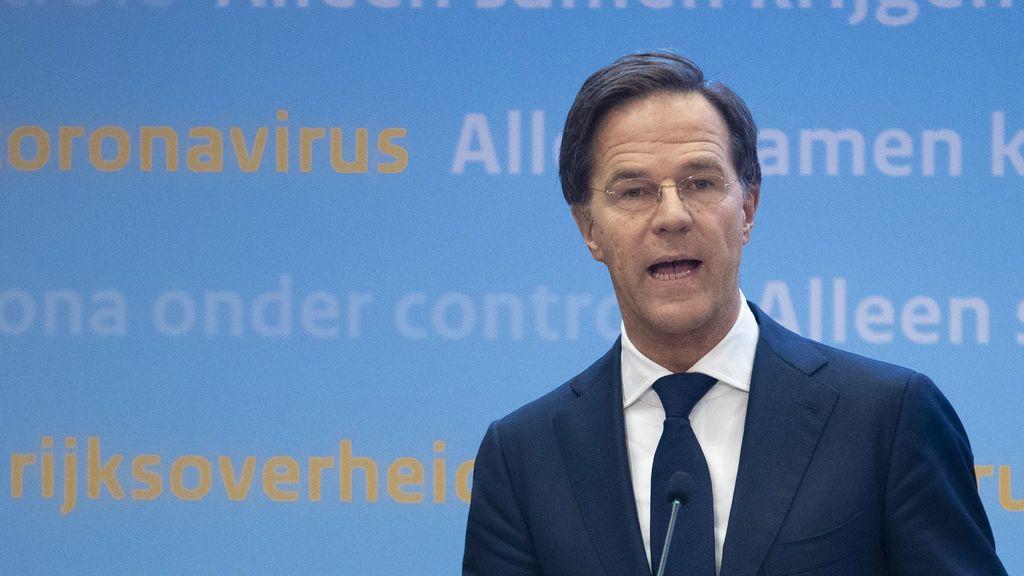 El Gobierno holandés contra las cuerdas por un caso de ayudas a menores