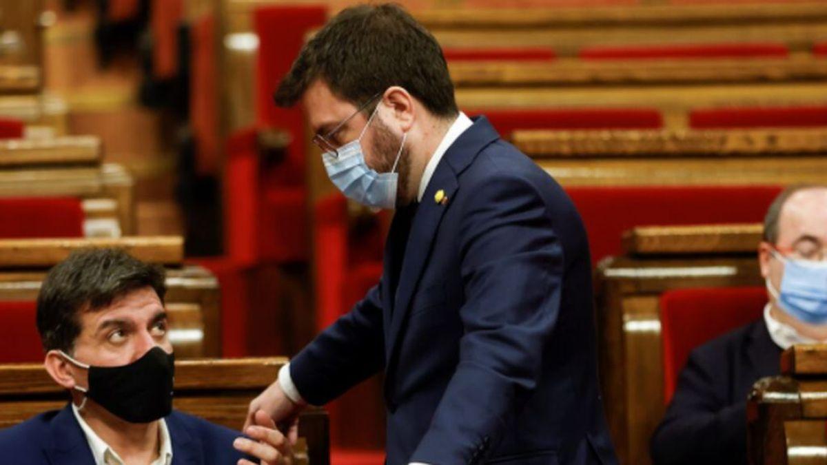 Cataluña retrasa las elecciones al 30 de mayo: a quién beneficia y a quién perjudica