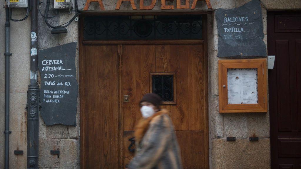La pandemia alcanza en Galicia máximas de contagios detectados, casos activos y tasa de positividad