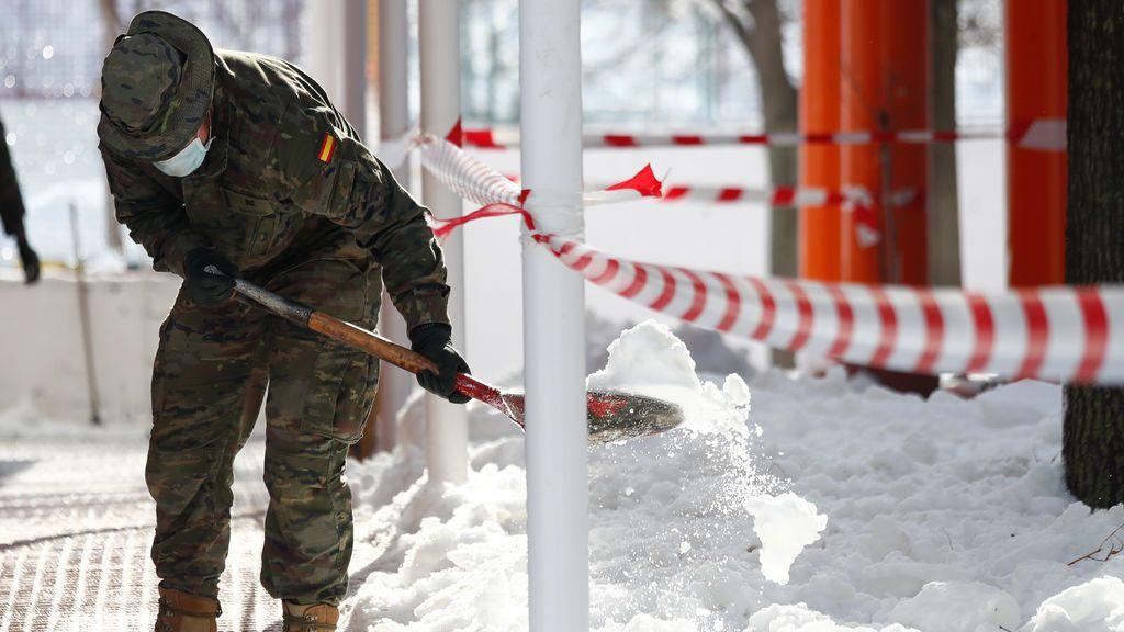 Aparece bajo la nieve el cadáver de un hombre en Madrid: se ha podido confirmar las causas de la muerte