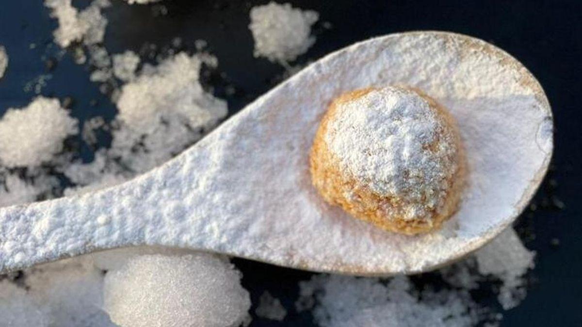 Madrid ahuyenta al hielo con la 'croqueta Filomena', cubierta de azúcar glass, en el año de la gran nevada