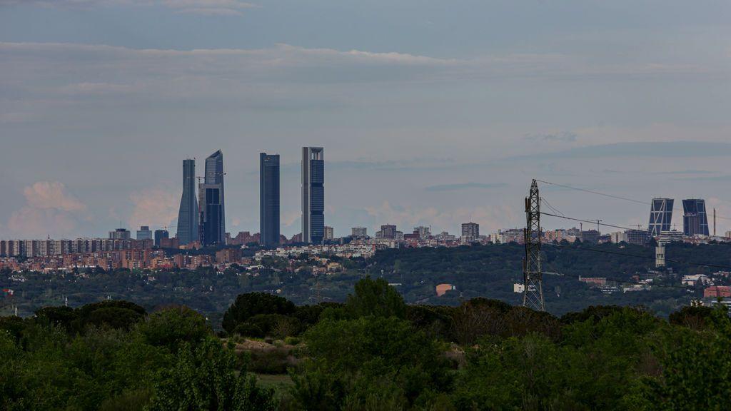 Madrid activa el protocolo anticontaminación y limita a 70 kilómetros por hora la velocidad en M30 y accesos