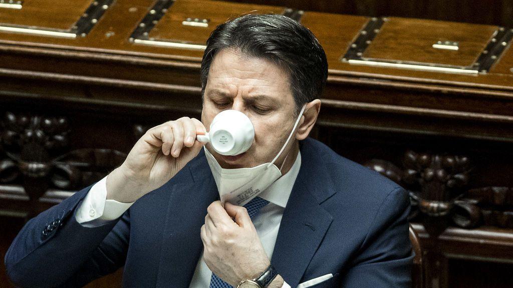 Conte sale refrendado en la Cámara, pero aún busca los votos en el Senado