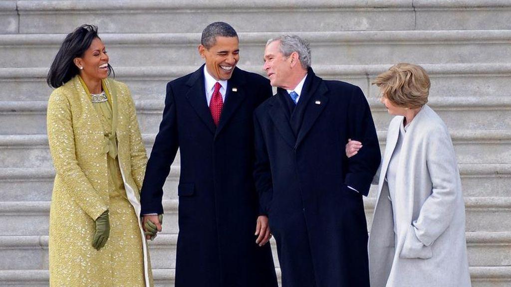 Obama investidura risas Bush