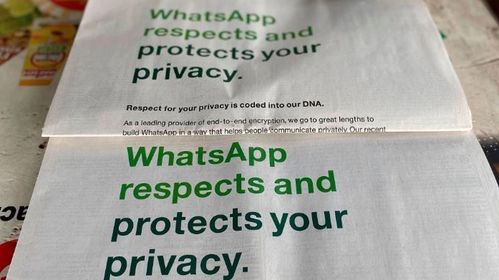 WhatsApp da marcha atrás temporalmente a los cambios en su política de Condiciones y Privacidad