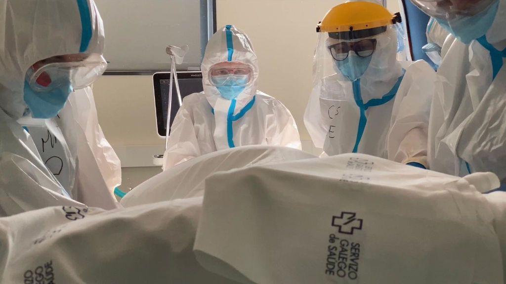 Galicia suma ochenta ingresos en un día y alcanza la cifra de hospitalizados más alta desde el 17 de abril