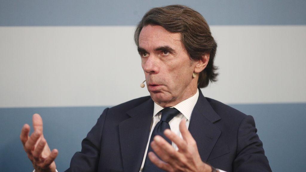 """Aznar alerta contra la costumbre """"arraigada"""" de aplazar elecciones como en Cataluña"""