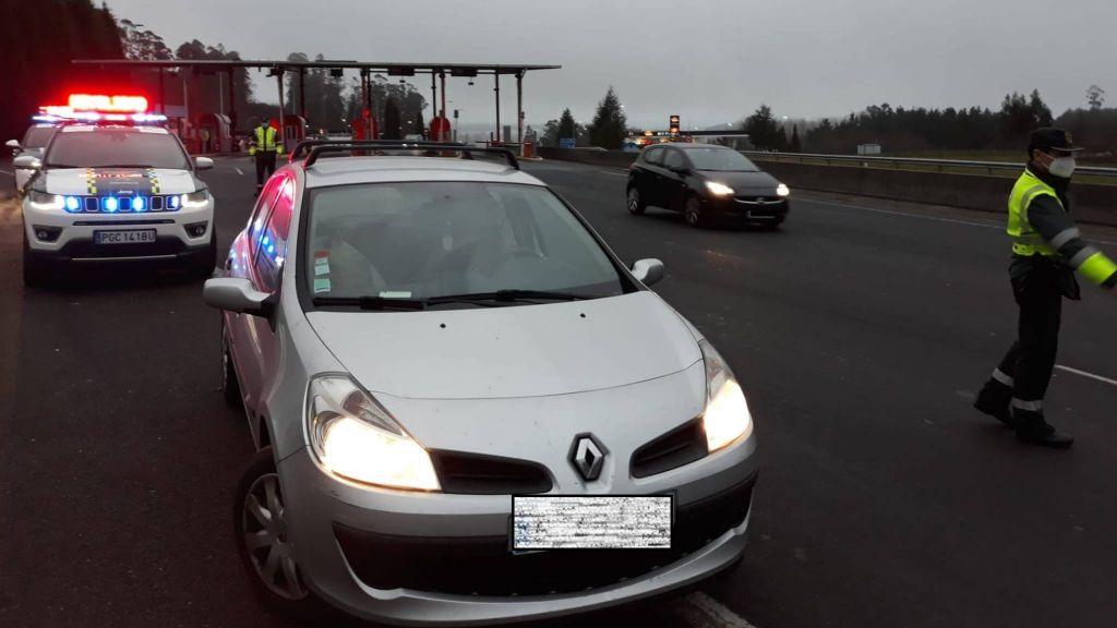 Denunciado un conductor por cuadriplicar la tasa de alcohol y saltarse la restricción de movilidad