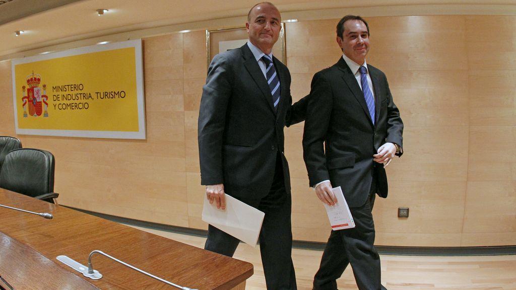 """Anticorrupción cree que el PSOE de Zapatero permitió por """"sumisión"""" el desfalco de 30 millones en subvenciones mineras"""