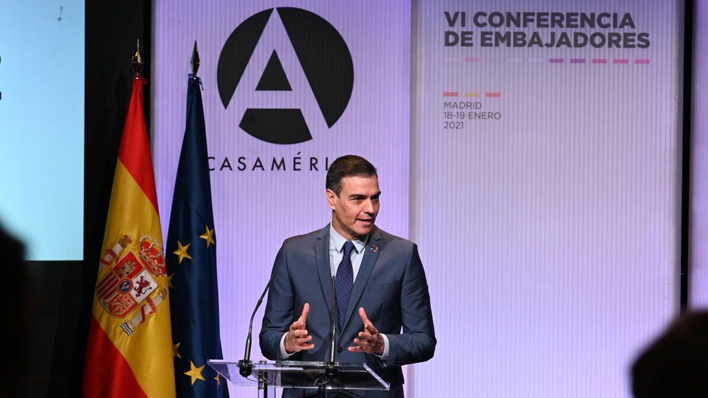 """Sánchez carga contra el """"populismo reaccionario"""" por provocar episodios """"grotescos"""" como el del Capitolio"""