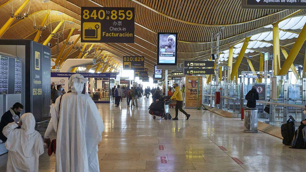 Madrid pide la suspensión de los vuelos con Brasil y Sudáfrica por las nuevas cepas detectadas