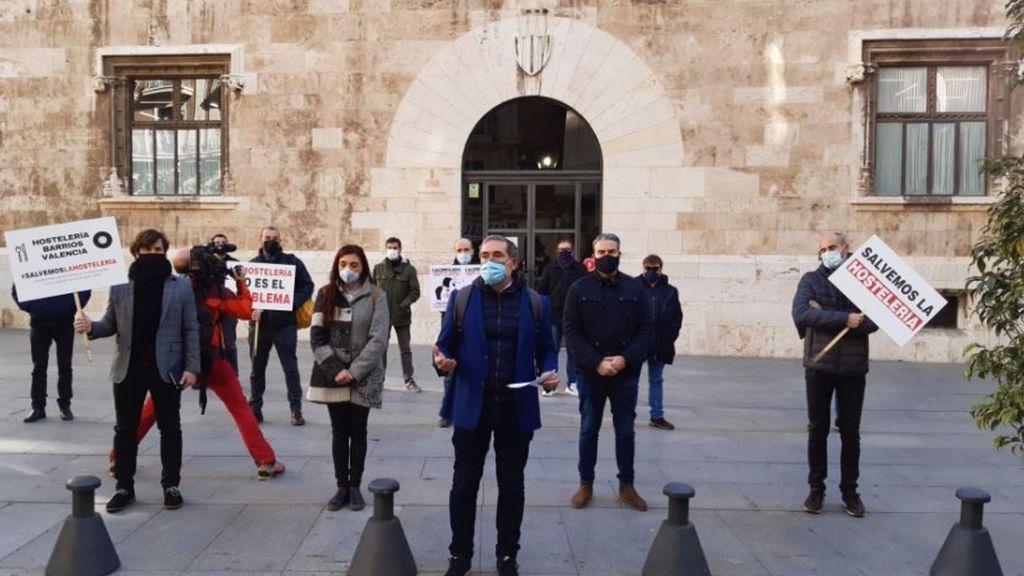 SOS Hostelería pide la suspensión del pago del IRPF, del IVA y la cuotas a la Seguridad Social en la Comunidad Valenciana