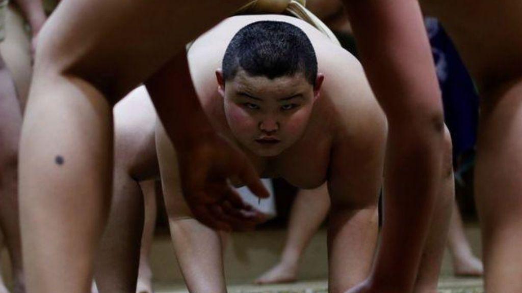 Así entrena Kyuta, el niño de 10 años con 85 kilos que aspira a estrella del sumo