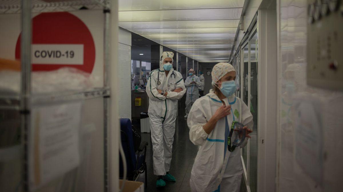 """Los hospitales en Barcelona empiezan a desprogramar operaciones: """"Tengo una lista de espera de uno a cinco años"""""""