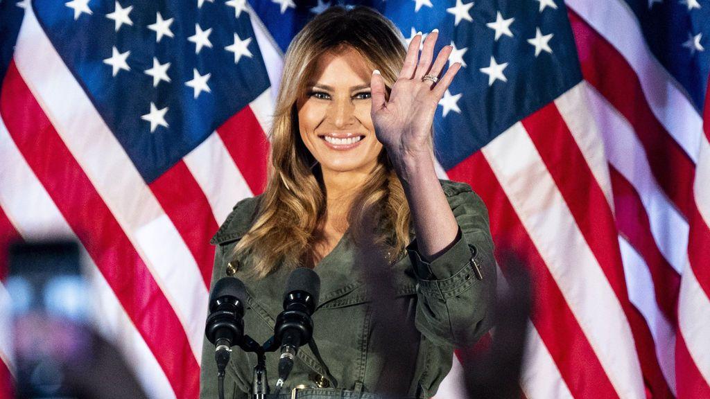 """Melania Trump se despide con un mensaje de reconciliación tras cuatro años """"inolvidables"""""""
