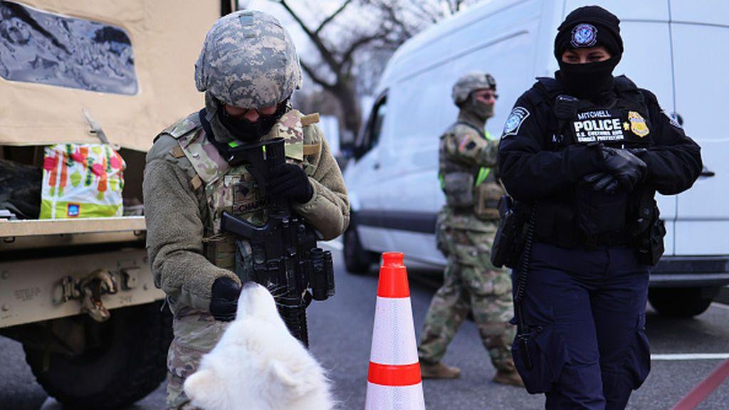 Alerta máxima en los puestos de control de la Guardia Nacional en Washington