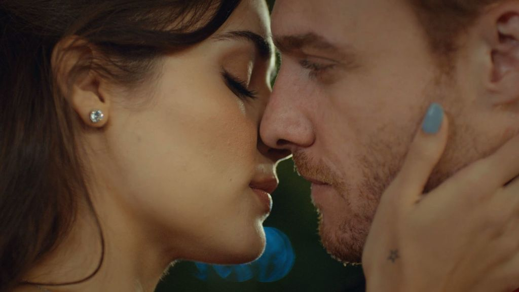 El beso de Eda y Serkan que lo cambiará todo en 'Love is in the air'