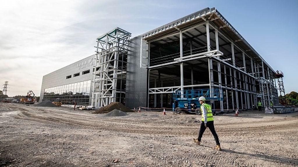 Reino Unido construye una superfábrica para producir sus vacunas del covid