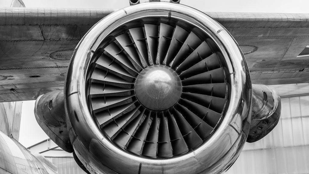 Decorar tu casa con fragmentos de aviones : Boeing fabrica muebles de lujo para los amantes de la aviación