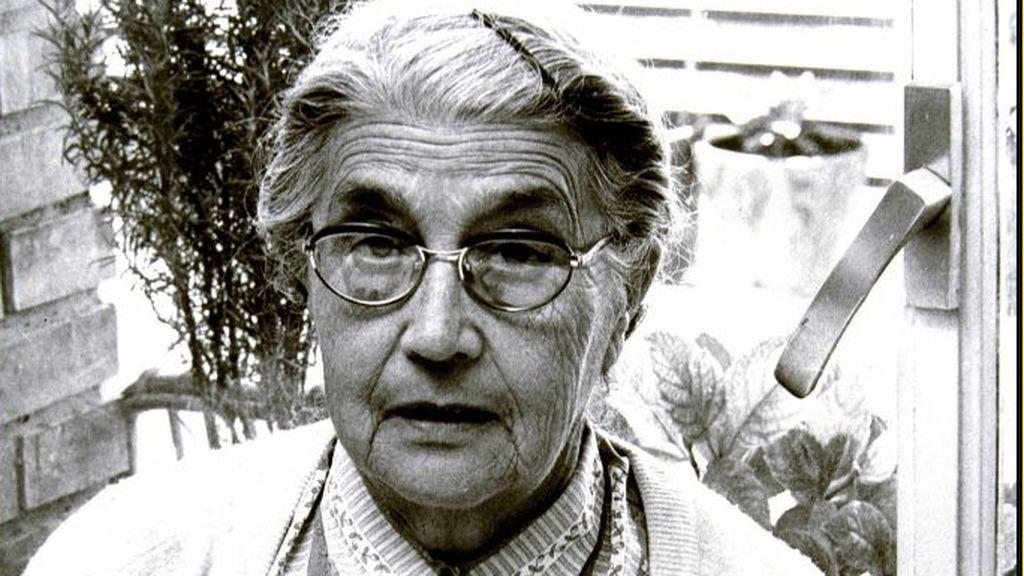 Diez palabras para recordar a María Moliner, la bibliotecaria que creo el 'Diccionario de uso español'