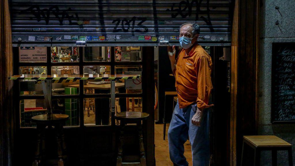 Madrid suma 6.344 casos, nuevo récord de la pandemia, y 53 muertos