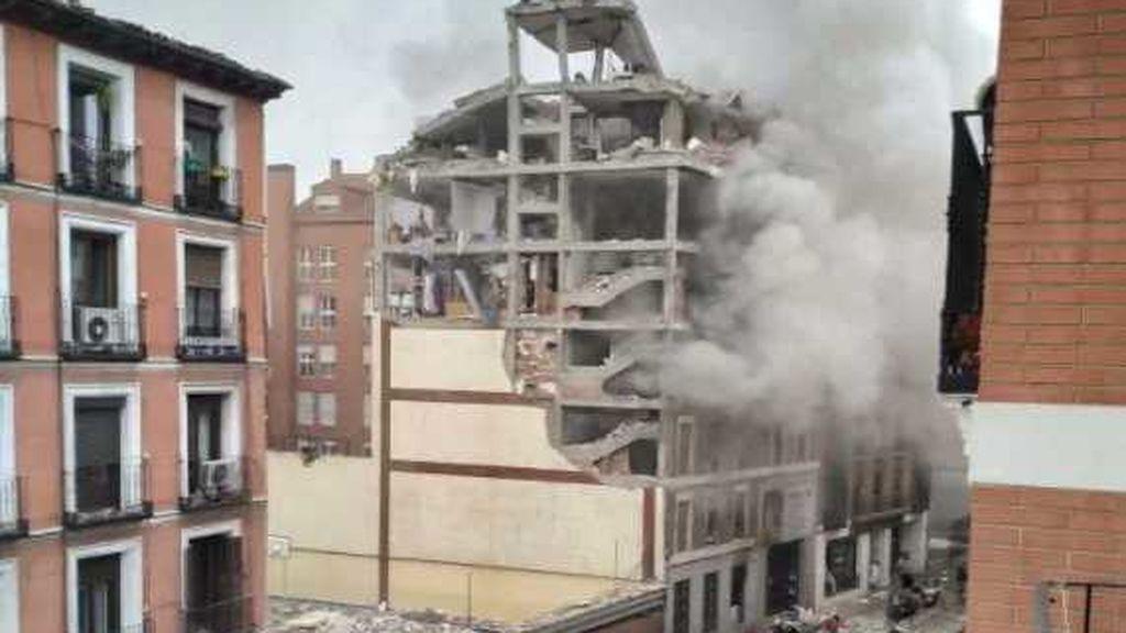 Fuerte explosión junto a una residencia de ancianos en el centro de Madrid: los ancianos se refugian en los bares cercanos