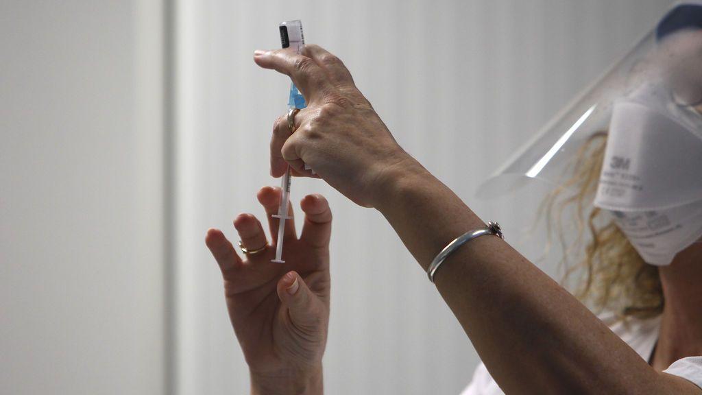 ¿Cuándo me toca vacunarme? El calendario de los siguientes grupos por edades y enfermedades crónicas
