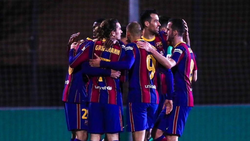El Barcelona pasa apuros para ganar al Cornellá pero ya está en la siguiente ronda de la Copa (0-1)