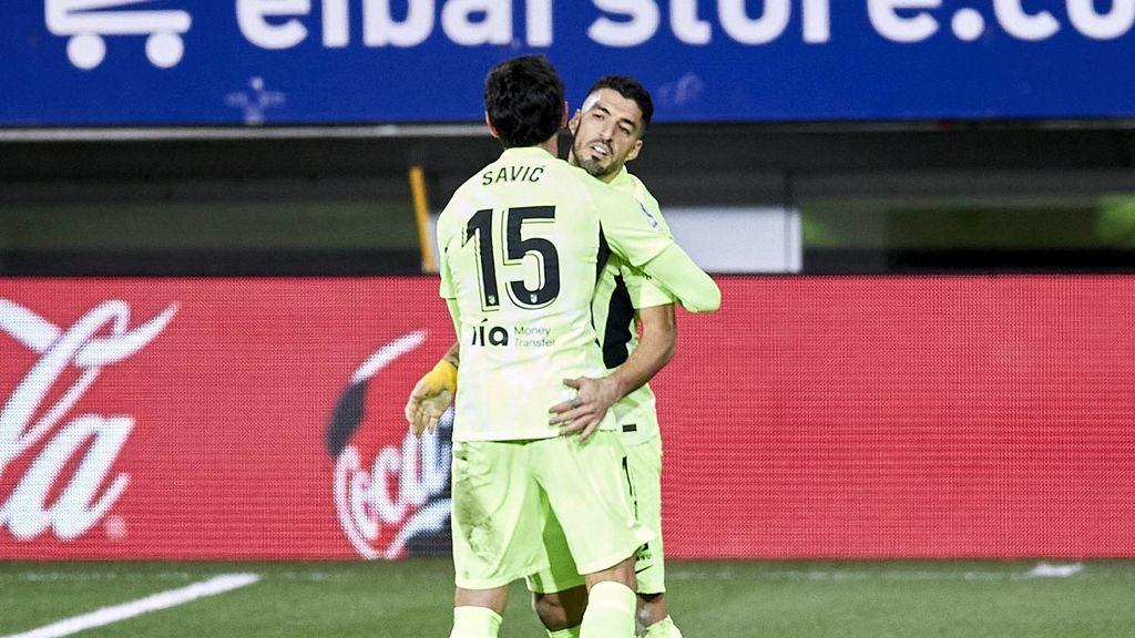 Luis Suárez consigue la remontada ante el Eibar y lanza al Atlético en la lucha por LaLiga (1-2)