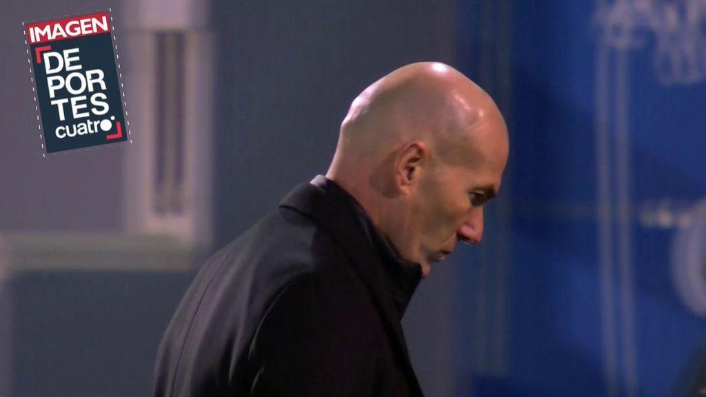 Parte del vestuario del Real Madrid ha perdido la confianza en Zidane tras el desastre ante el Alcoyano