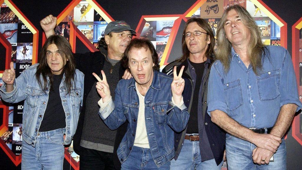 """AC/DC, Black Sabbath y las peleas del pasado: """"Malcolm terminó noqueando a Geezer Butler"""""""