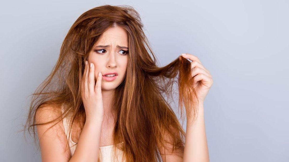 Champú en seco, tu mejor aliado para los días en los que no te da tiempo a lavarte el pelo: 6 consejos para usarlo correctamente.