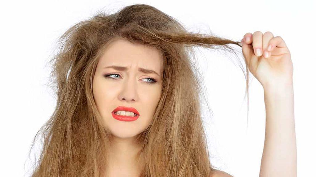 El champú en seco se convertirá en tu mejor aliado en esos días en los que no tienes tiempo para lavarte el pelo.