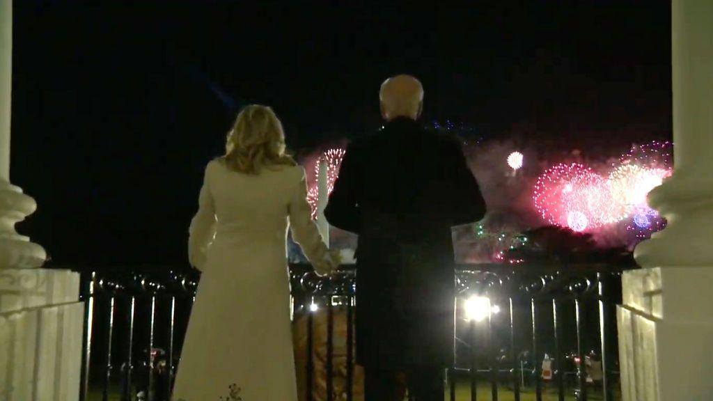 Kate Perry y un espectáculo de fuegos artificiales ponen el broche a la investidura de Biden