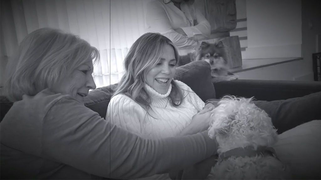 David Bisbal ha recuperado varias imágenes de Maxi junto a su familia