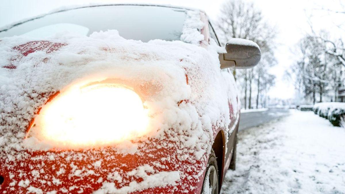 Los peligros de conducir con nieve: cuándo es recomendable quitar el control de estabilidad