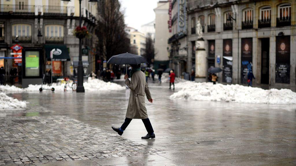El temporal 'Hortensia' pone a Madrid en alerta naranja por vientos de hasta 100 km/h