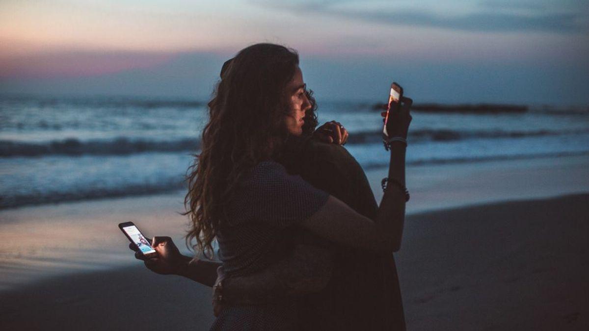Por qué somos adictos al móvil