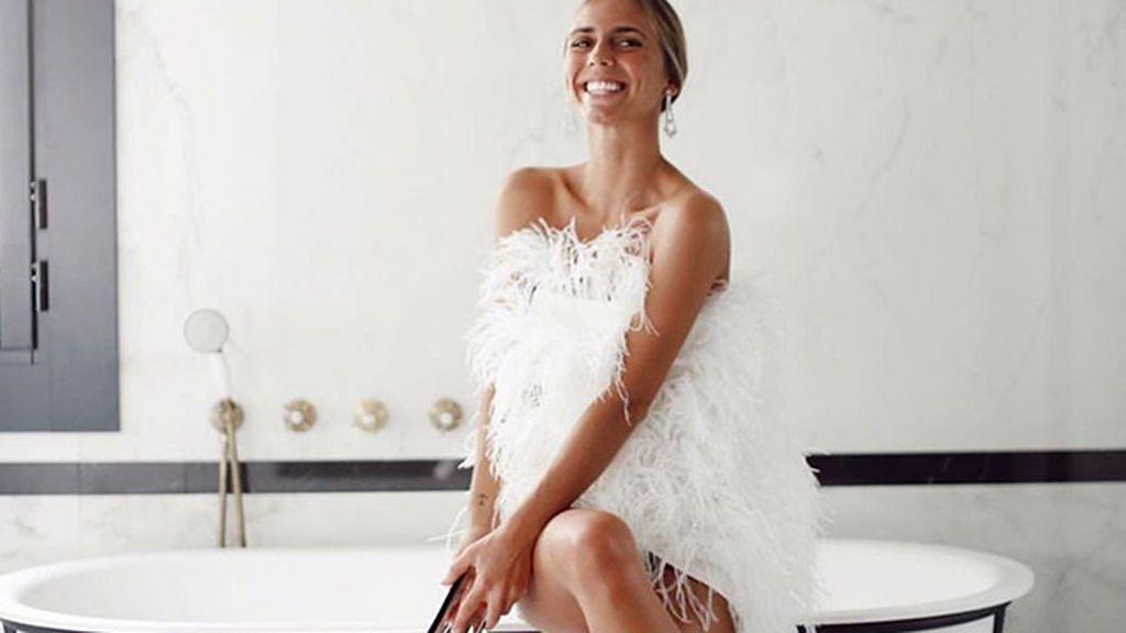 Vestido de novia mini, un look impactante para bodas de primavera