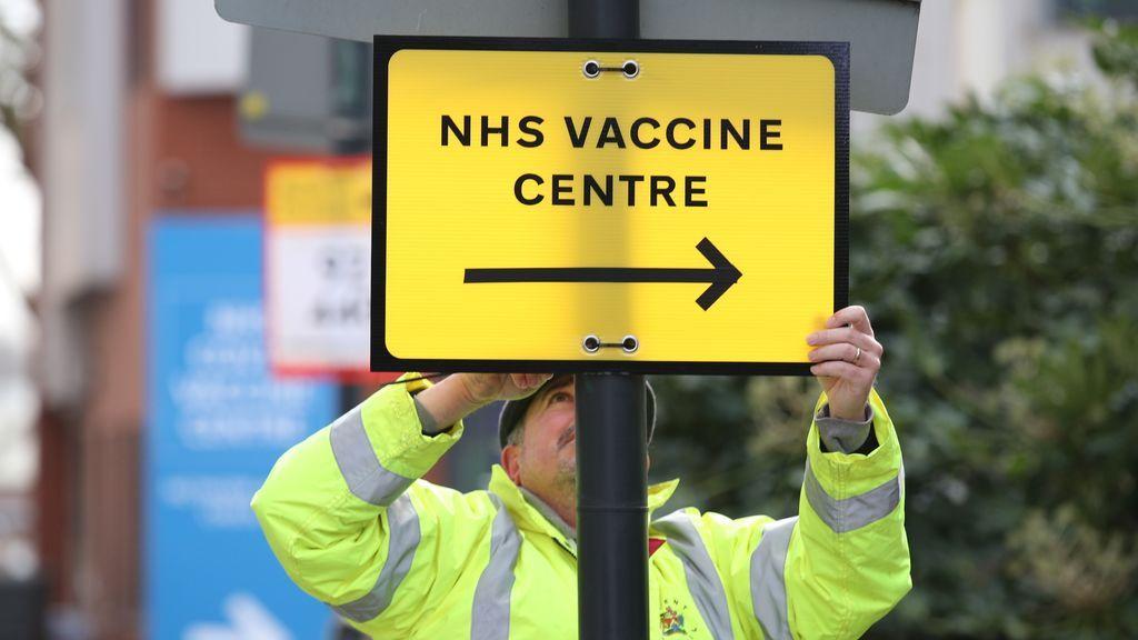 Reino Unido baja hasta los 33.500 contagios diarios pero vuelve a rondar los 1.350 decesos