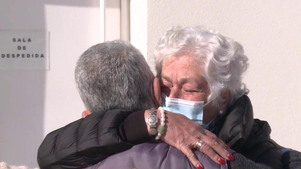Así ha sido el último adiós a Riverita: en Barbate, entre lágrimas y con marcadas ausencias