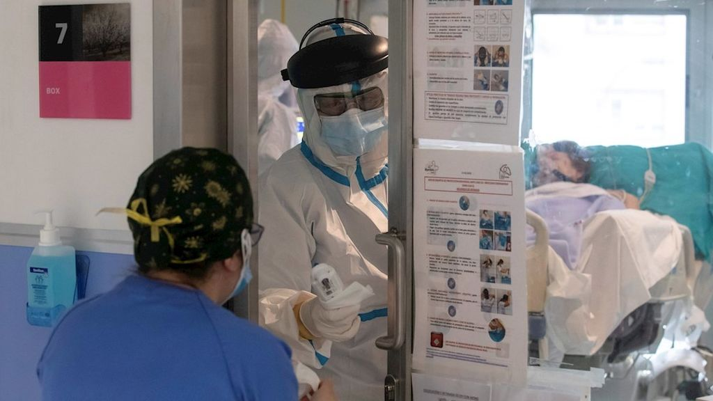 """Murcia suspende todas las operaciones quirúrgicas no esenciales ante un """"escenario extremo"""""""