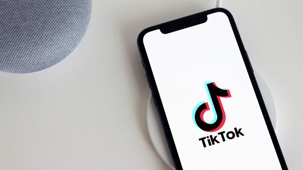 Italia ordena a TikTok bloquear las cuentas de los menores de edad tras la muerte de una niña de 10 años