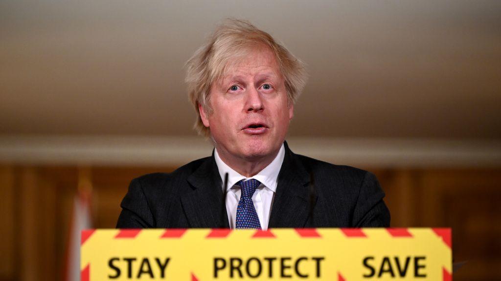 Los expertos se declaran desconcertados por las palabras de Johnson sobre la mortalidad de la cepa británica