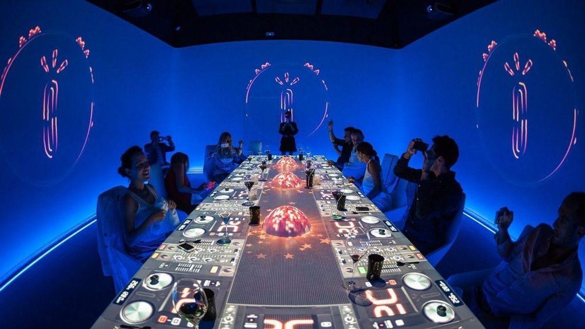 Sublimotion, el espectáculo gastronómico más extraordinario y sorprendente del mundo.